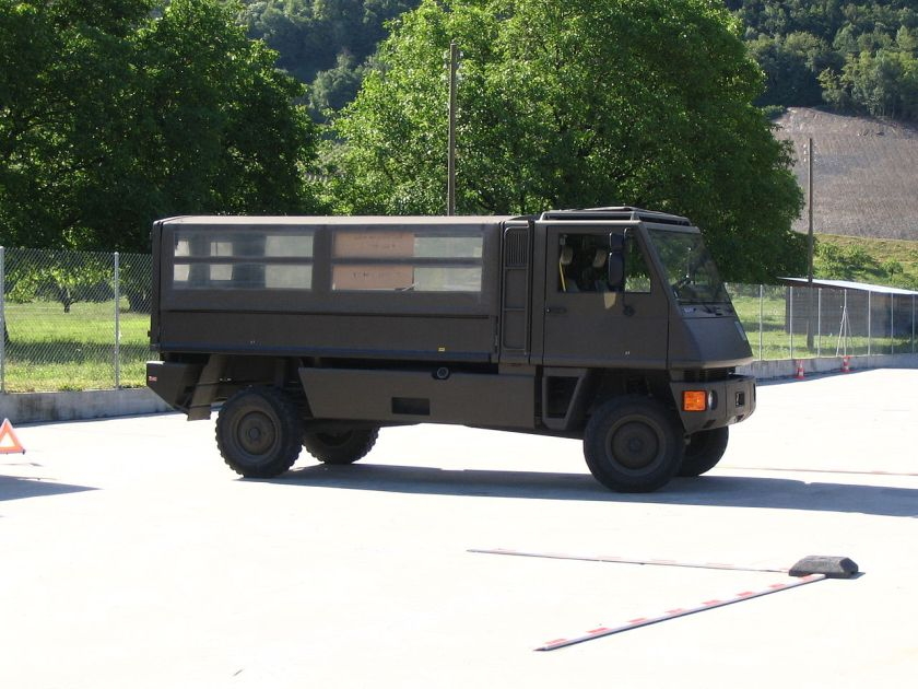 MOWAG Duro Swiss Army III
