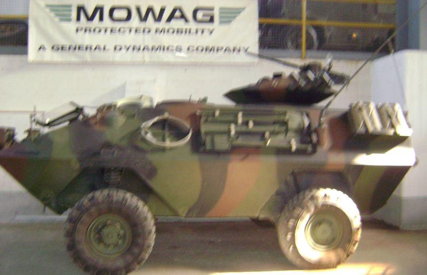 Mowag Piranha 4x4