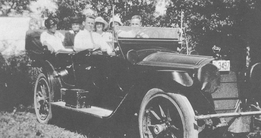 Packard Dominant Rutherford V6 car