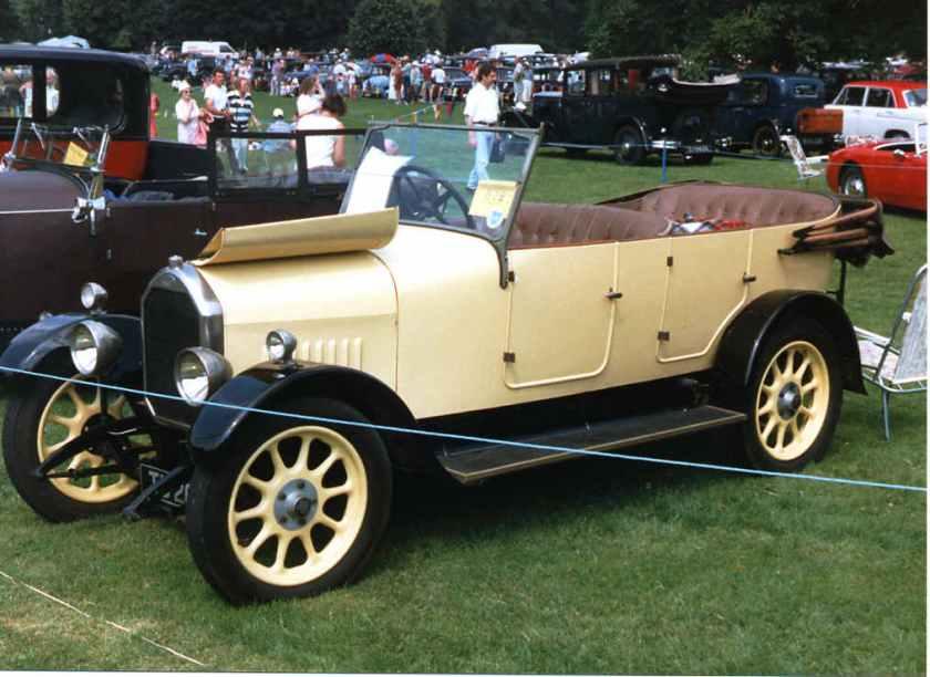1926 Humber 9-20 tourer