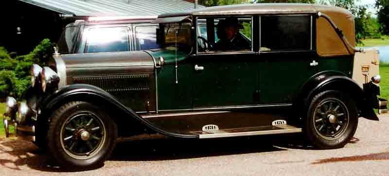 1929 Hudson Model R 4-D Landau Sedan