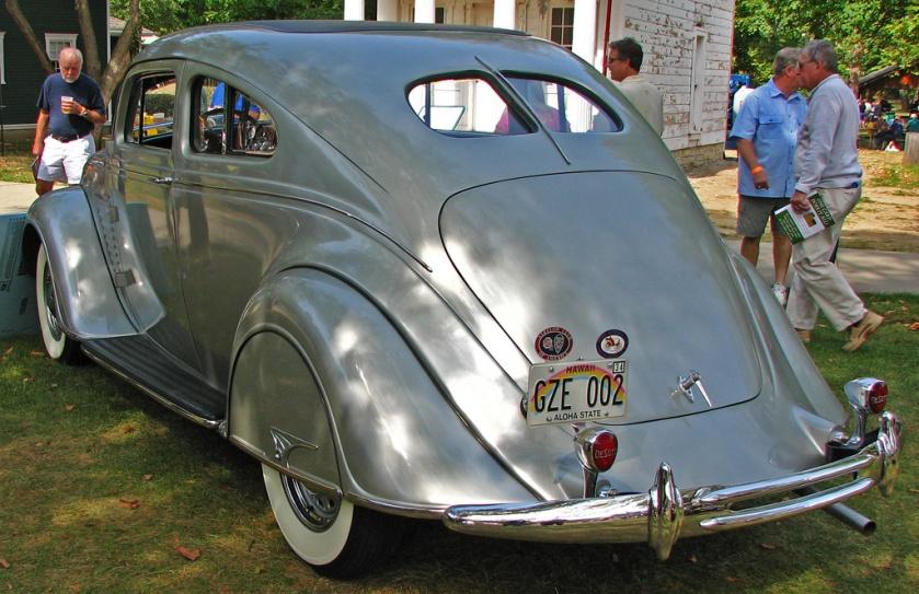 1934 DeSoto Airflow 002