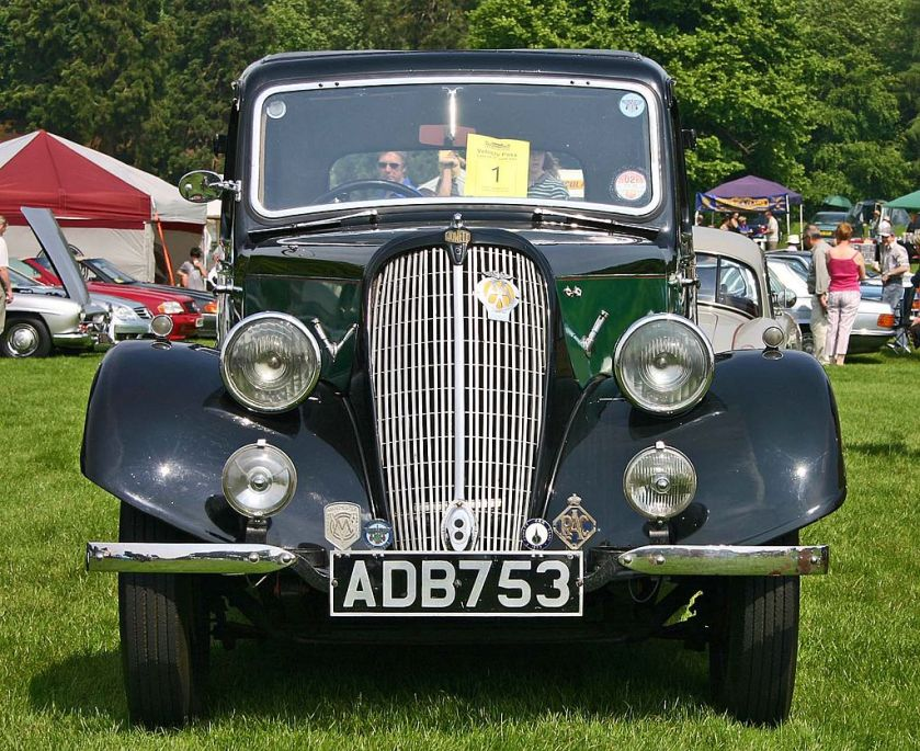 1935 Jowett Eight head
