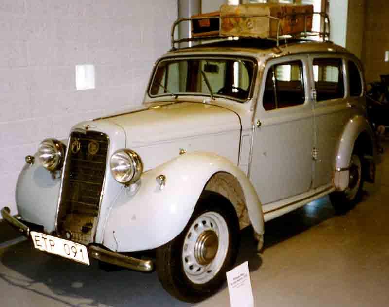 1936 Hillman Minx De Luxe 4-D Saloon