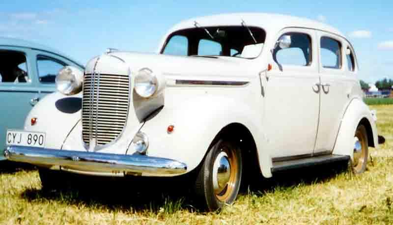 1938 De Soto 4-Door Sedan