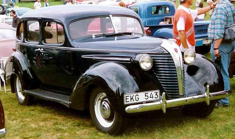 1938 Hudson Terraplane 4-D Sedan