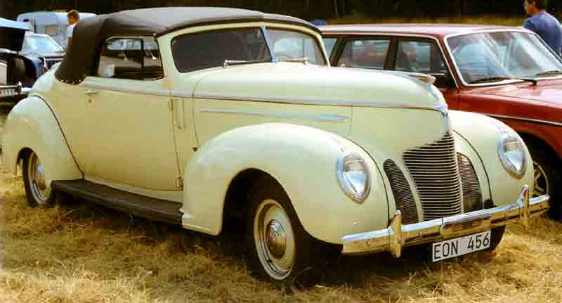 1939 Hudson Country Club Six 93 Convertible Coupe