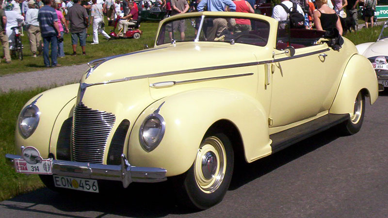 1939 Hudson Country Club Six Series 93 Convertible Coupé