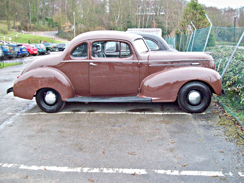 1939 Hudson Model 90 Club Coupe 318 cid Chrysler V8