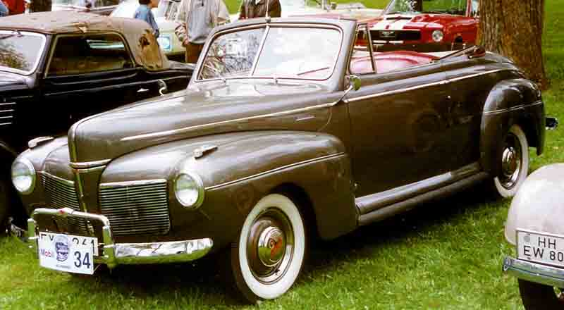 1941 Mercury Series 19A Club Convertible Coupé