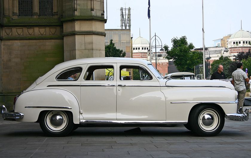 1946 Chrysler De Soto side
