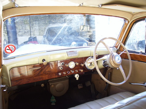 1949 Humber Pullman MkII dashboard