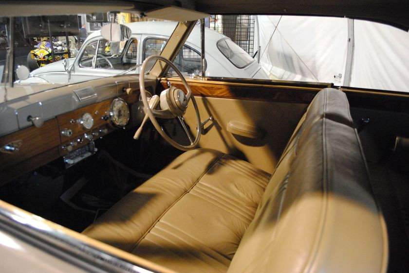 1949 Humber Super Snipe Tickford drophead coupé inside