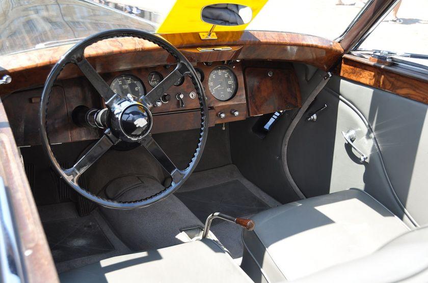 1949 Jaguar Mark V drophead coupé