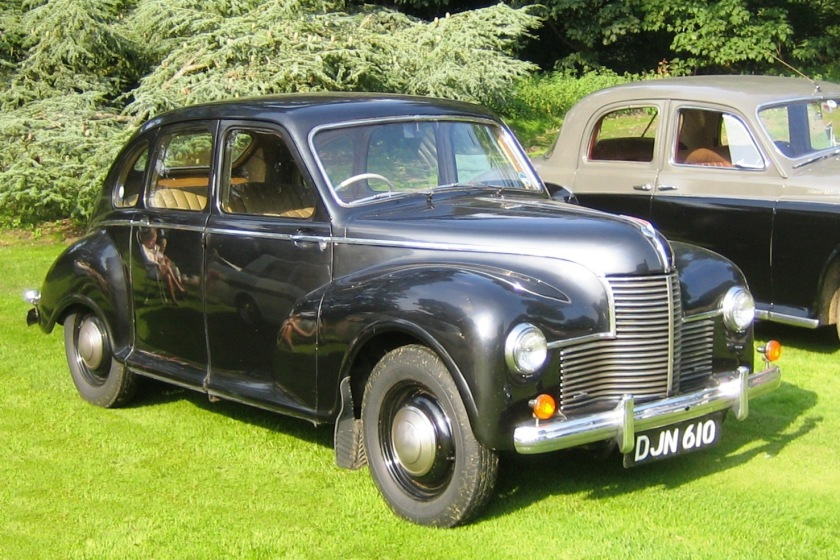 1949 Jowett Javelin saloon in original (metallic) finish