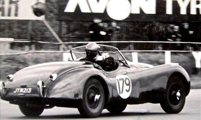 1951 XK120 racing at Silverstone