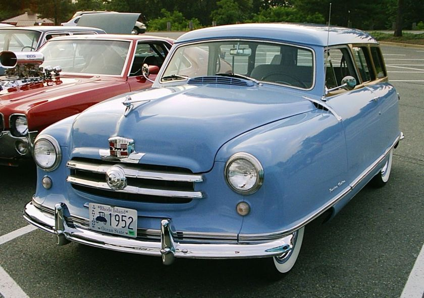 1952 Nash Rambler - blue 2-door wagon, front view