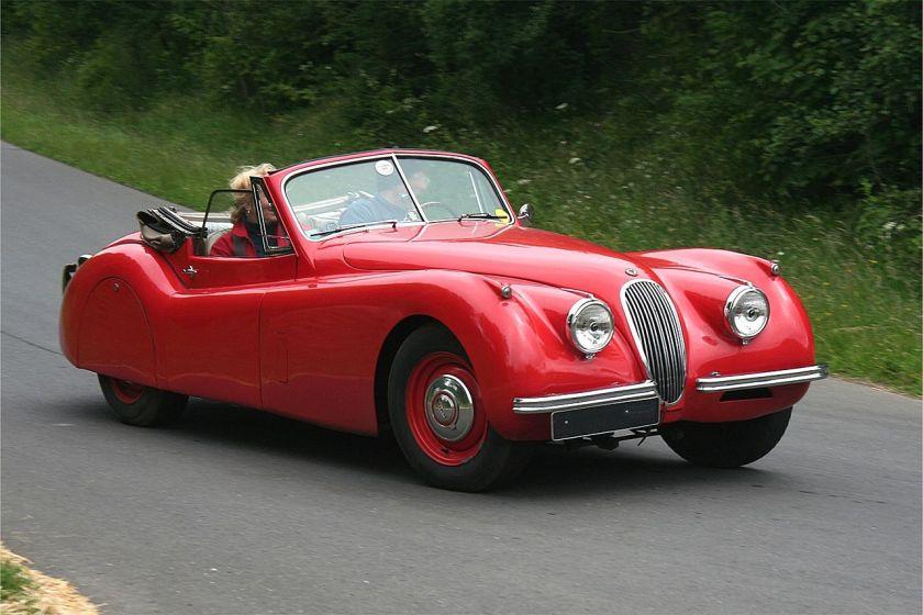 1953 Jaguar XK 120 (2)