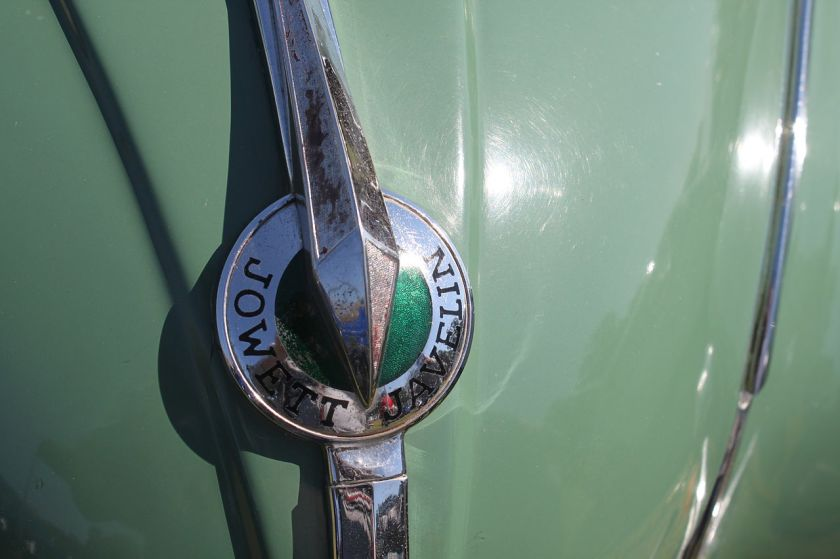1953 Jowett Javelin logo
