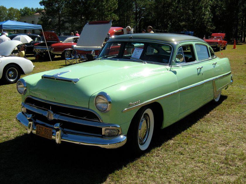 1954 Hudson Hornet (twin H)