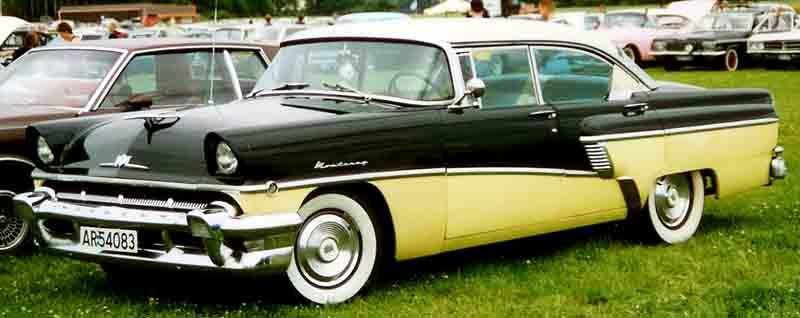 1956 Mercury Monterey 4-door hardtop