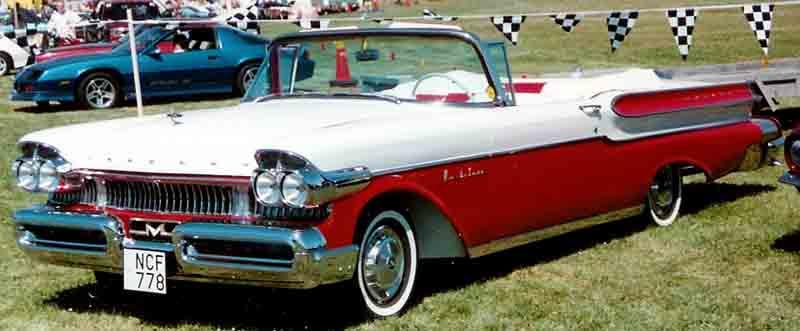 1957 Mercury Monterey cabriolet