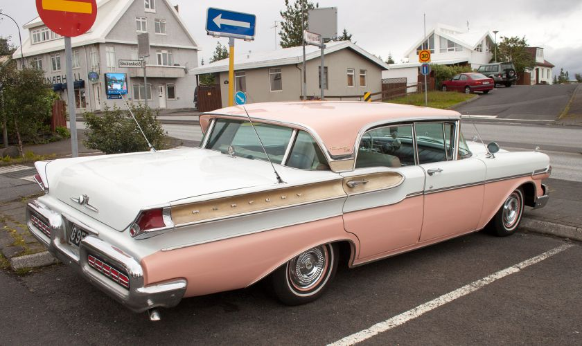 1957 Mercury Turnpike Cruiser rear showing Breezaway window