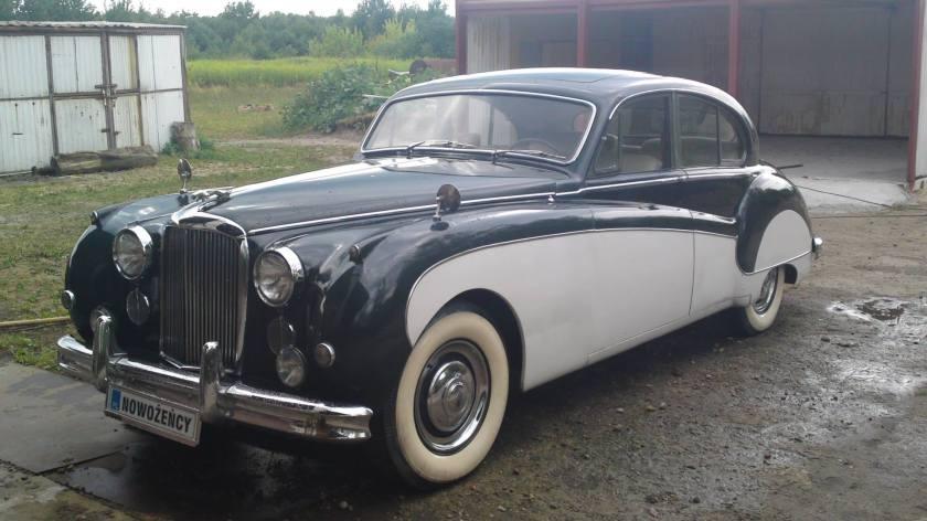 1958 Jaguar MK IX LHD