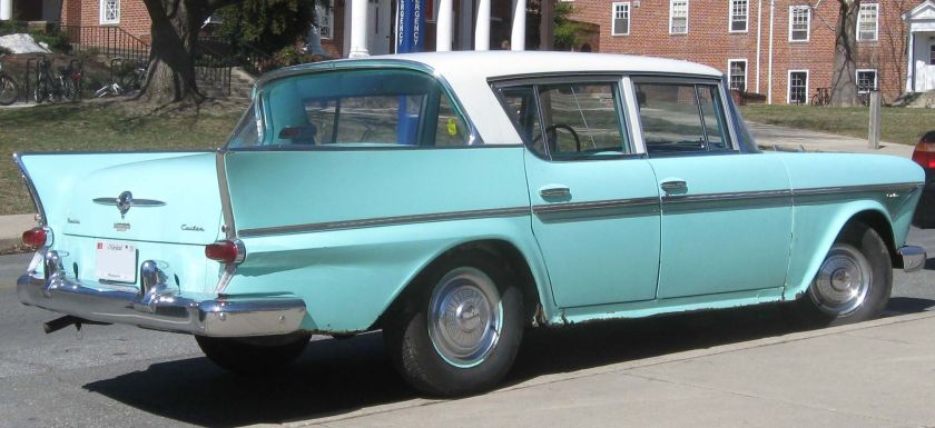 1958 Rambler Six's tailfinned rear