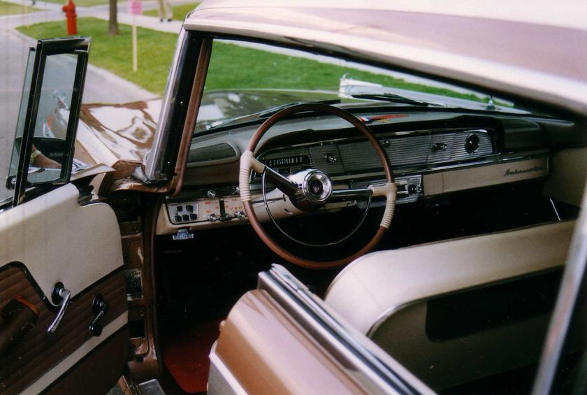 1958_Ambassador_4-d_hardtop_wagon_2