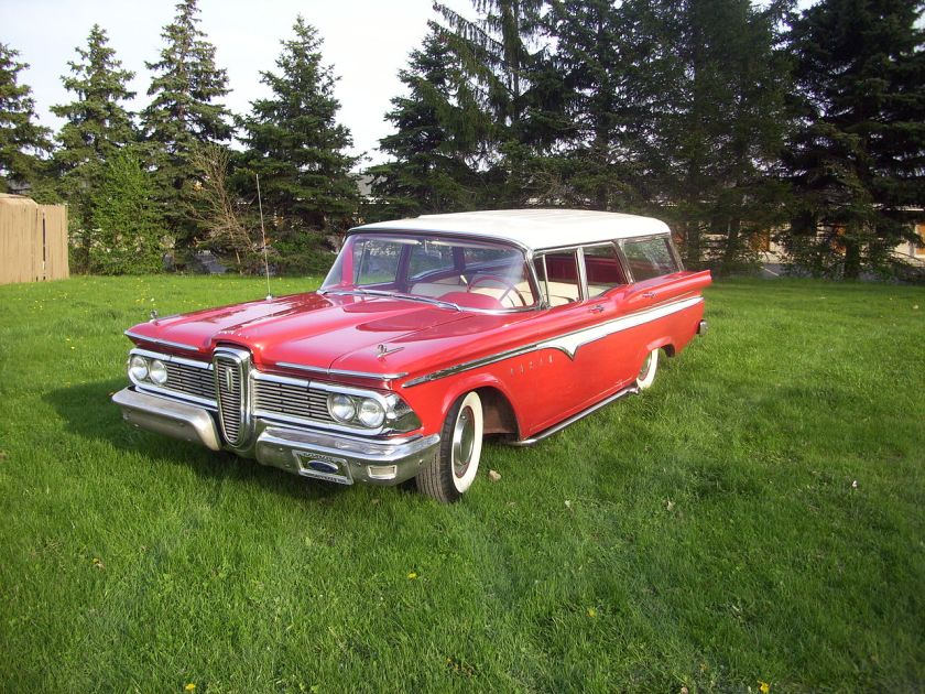 1959 Edsel Villager red