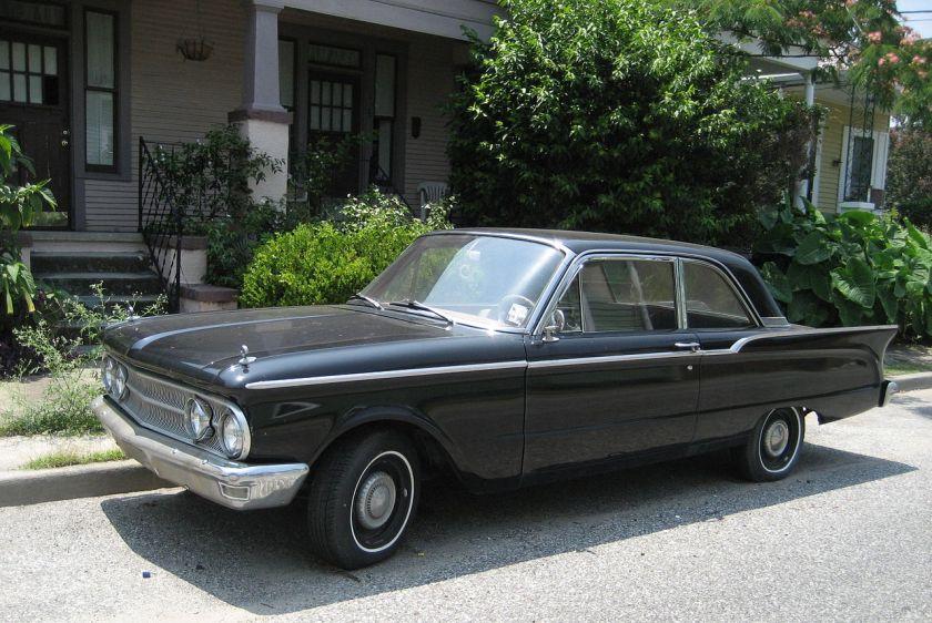 1960 Comet 2-door sedan