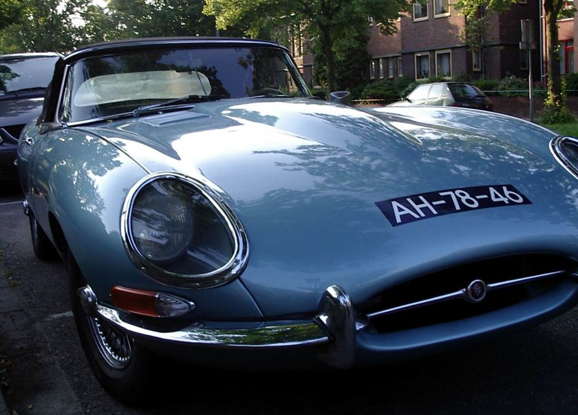 1961 Jaguar E type hard top b
