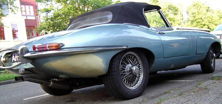 1961 Jaguar E type hard top c