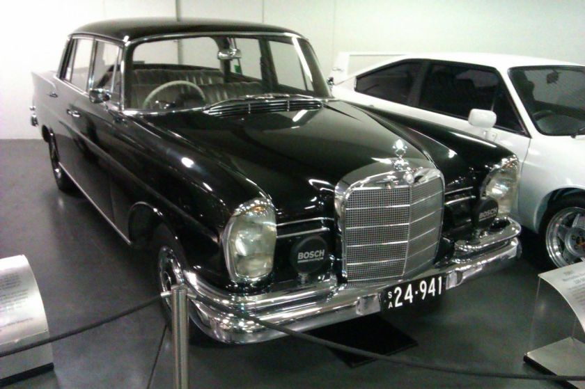 1961 Mercedes-Benz 220SEb assembled by AMI