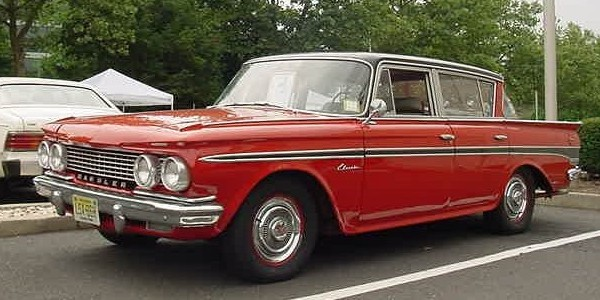 1961_Rambler_Classic_four-door_sedan-NJ