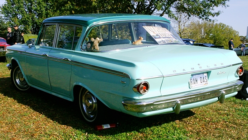 1962_Rambler_4-door_2-green_MD_um-rl