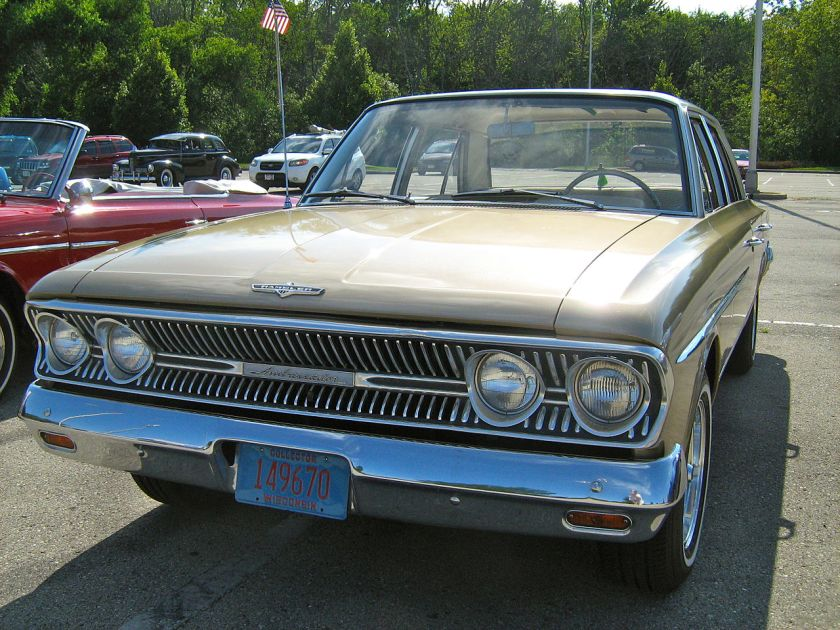 1963_Rambler_Ambassador_880_sedan_gold-white_K-f