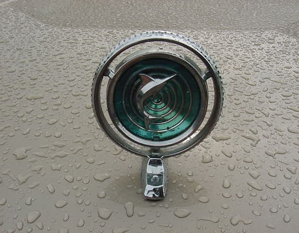 1965+1966 marlin Fastback_wet_hood_ornament