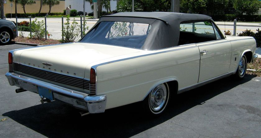 1965_Ambassador_990_convertible_yellow_pb-rr