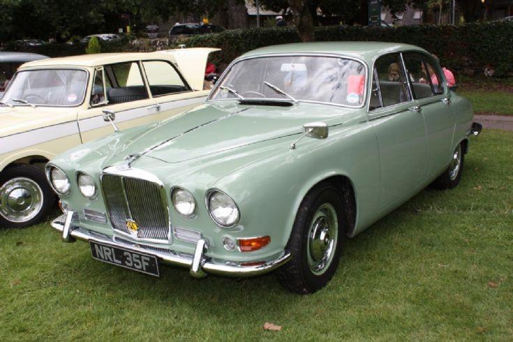 1966 Jaguar 420
