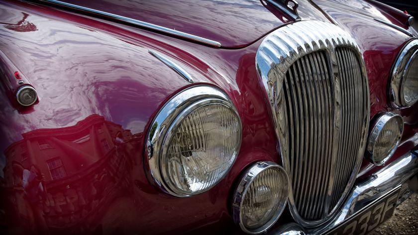 1967 Daimler 2.5 V8 grille