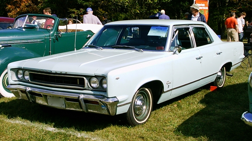 1967_AMC_Rambler_Rebel_sedan_aqua