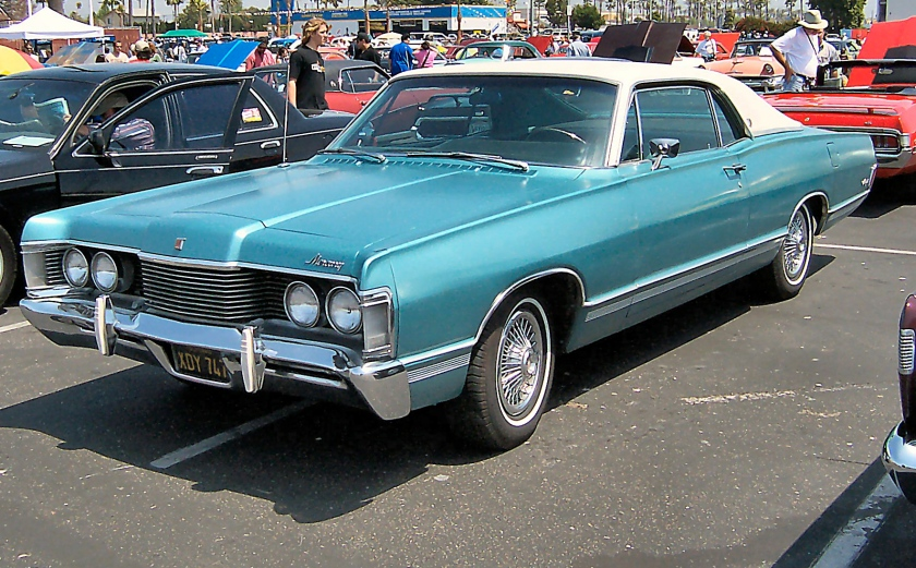 1968 Mercury Marquis.jpg.