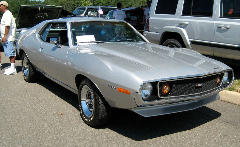 1971_AMC_AMX_silver_f