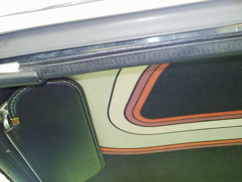 1972 AMC_Javelin_Cardin_interior_um-head