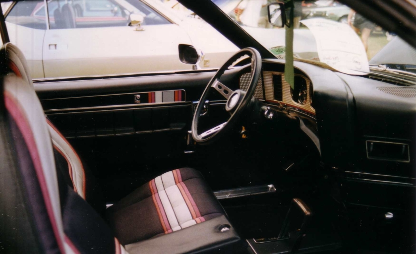 1972_AMC_Javelin_with_Pierre_Cardin_interior