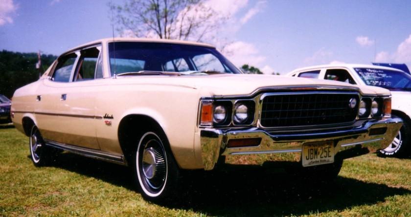 1973_Ambassador Brougham sedan_4-d_401 6.6litre.V8