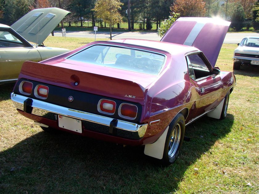 1973_AMC_Javelin_AMX_plum_customized_um-r
