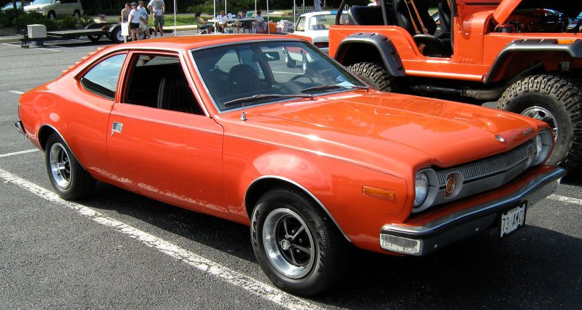 1973_Hornet_hatchback_V8_red_MD-fr